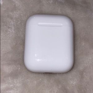 Apple air pods. JUST THE CASE!!!